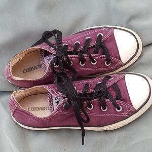 Chuck Taylor all Stars purple size 3